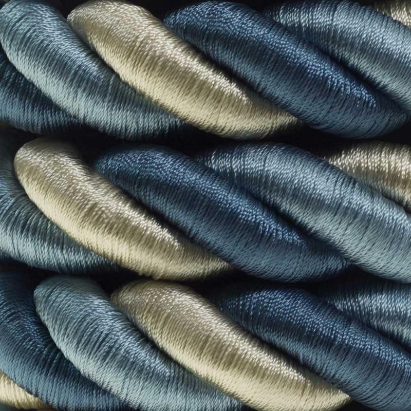 Cordón 2XL, cable eléctrico 3x0,75. Revestimiento de tejido lucído Bernadotte. Diámetro: 24mm.