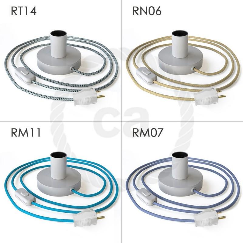 Posaluce, la lámpara de mesa en metal blanco, con cable textil, interruptor y clavija bipolar