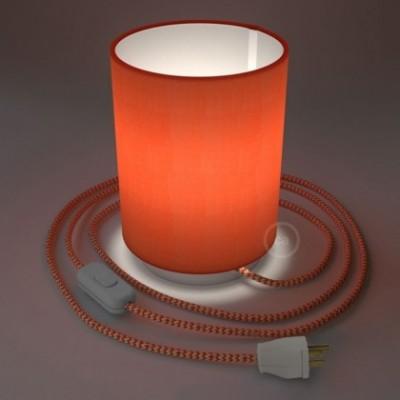 Posaluce en metal blanco con pantalla cilíndrica Cinette Langosta, cable textil, interruptor y clavija bipolar